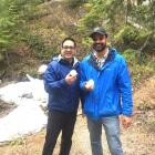 Dr. Vinit Mahajan, principal investigator of the Mahajan Lab, and Teja Chemudupati, Stanford clinical research coordinator, find snow during Squamish Hike at ARVO 2019.